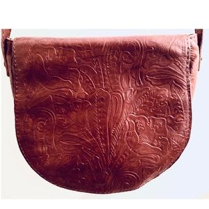Gorgeous Brown Leather Crossbody Purse